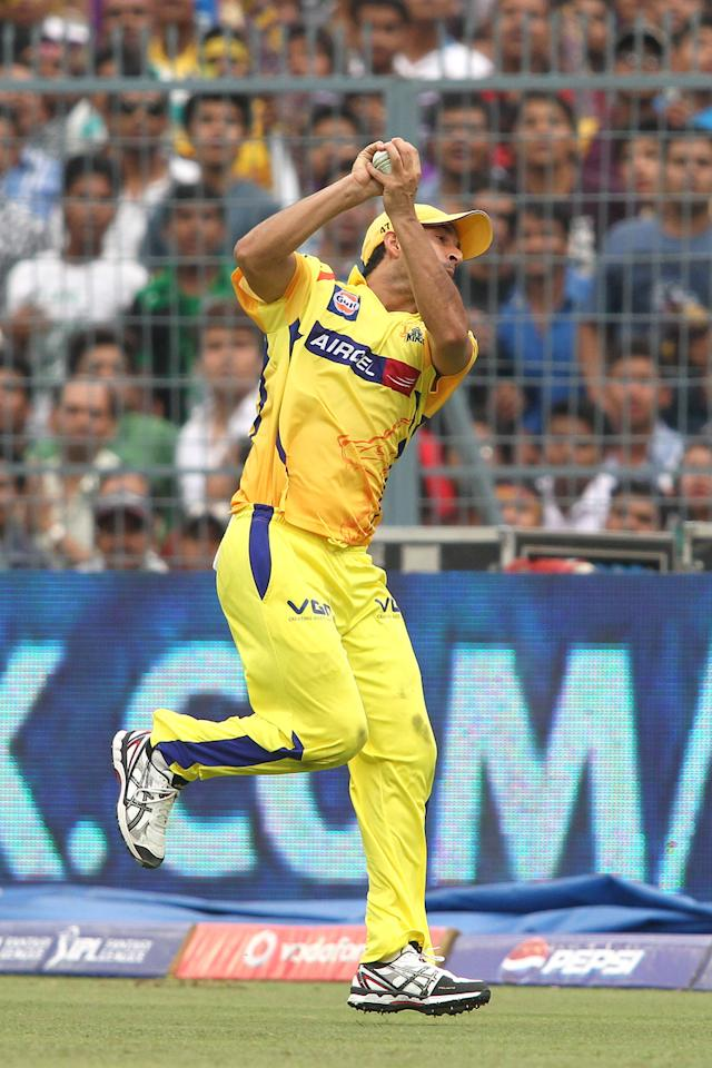 Mohit Sharma of Chennai Super Kings takes the catch to get Manoj Tiwary of Kolkata Knight Riders wicket during match 26 of the Pepsi Indian Premier League between The Kolkata Knight Riders and the Chennai Superkings held at the Eden Gardens Stadium in Kolkata on the 20th April 2013..Photo by Shaun Roy-IPL-SPORTZPICS  ..Use of this image is subject to the terms and conditions as outlined by the BCCI. These terms can be found by following this link:..https://ec.yimg.com/ec?url=http%3a%2f%2fwww.sportzpics.co.za%2fimage%2fI0000SoRagM2cIEc&t=1498362046&sig=hK85SEBE52TQouj0SL2UOQ--~C