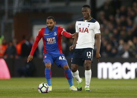 Britain Soccer Football - Crystal Palace v Tottenham Hotspur - Premier League - Selhurst Park - 26/4/17 Crystal Palace's Jason Puncheon in action with Tottenham's Victor Wanyama Action Images via Reuters / Matthew Childs Livepic
