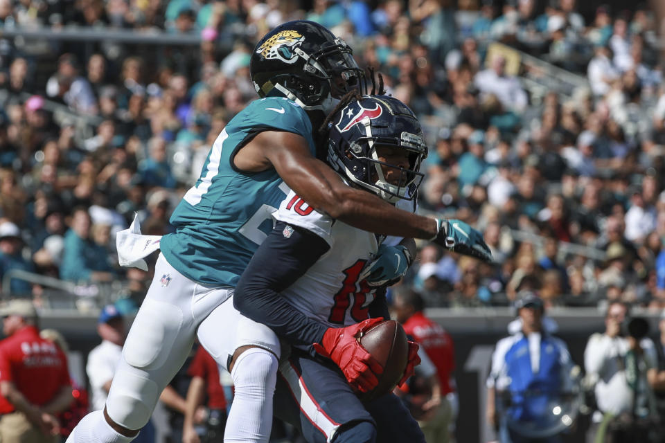Jalen Ramsey couldn't stop this touchdown catch by Houston's DeAndre Hopkins in Jacksonville's third straight loss. (Getty Images)