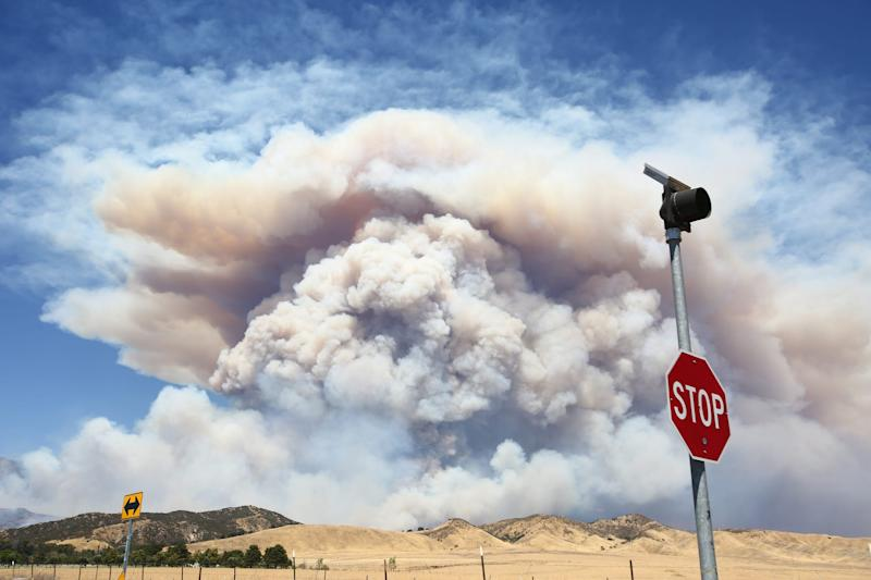 Thousands to evacuate as Apple Fire grows in Southern California