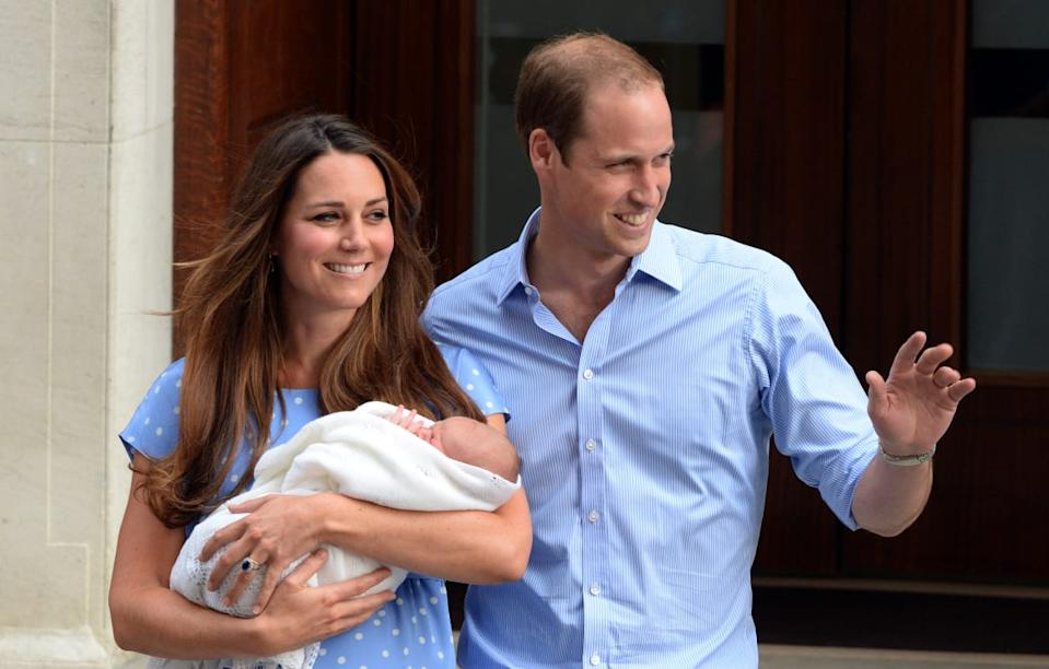 "<div class=""inline-image__caption""><p>Catherine, Duchess of Cambridge and Prince William, Duke of Cambridge leave the Lindo Wing of St. Mary's hospital with their newborn son on July 23, 2013 in London, England.</p></div> <div class=""inline-image__credit"">Anwar Hussein/Getty</div>"