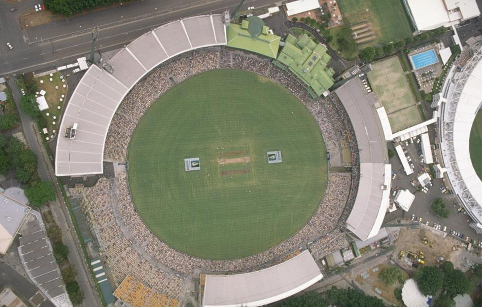 4 Jan 1998:  A general view of Sydney Cricket Ground  during the second test match against South Africa in Australia. Mandatory Credit:  Stephen Munday /Allsport