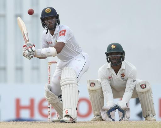 Mendis stays firm in record Sri Lanka chase against Zimbabwe