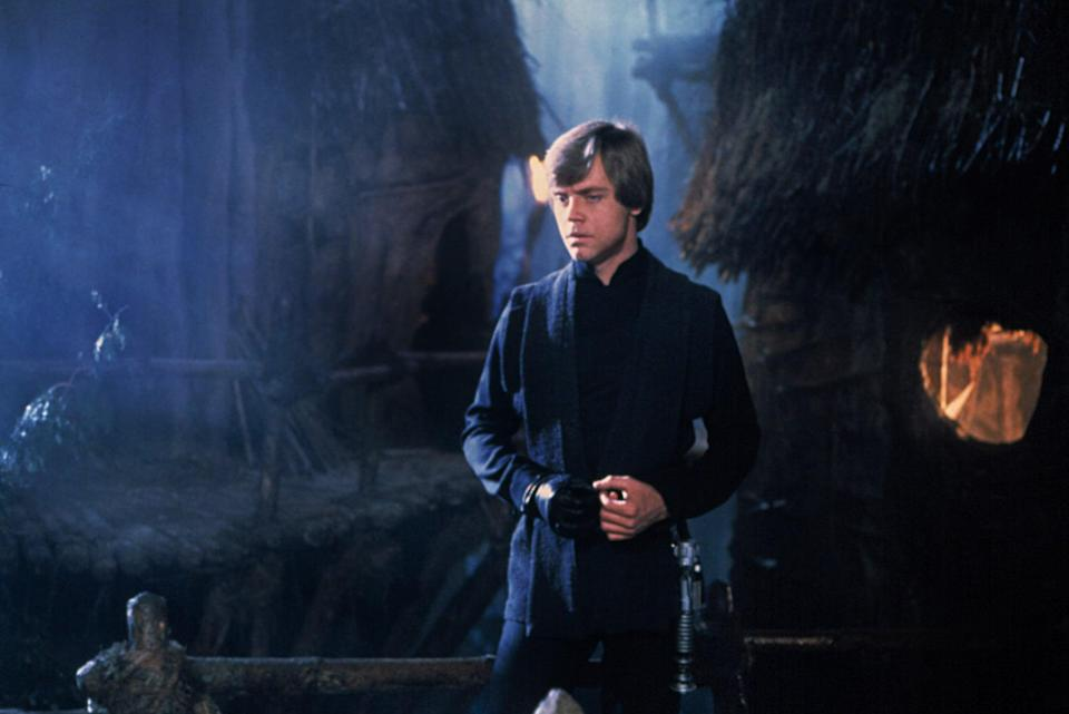 <ul> <li><strong>What to wear:</strong> All black everything, padawan. Keep it simple with a shirt, pants, and long suit jacket. Don't forget the single black glove!</li> </ul>