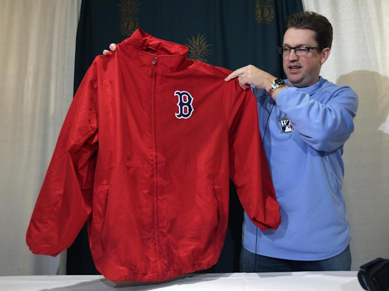 Hall of Fame collects artifacts from Red Sox title
