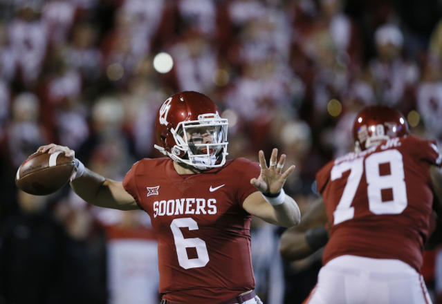 Oklahoma quarterback Baker Mayfield (6) throws in the first quarter of an NCAA college football game against Texas Tech in Norman, Okla., Saturday, Oct. 28, 2017. (AP Photo/Sue Ogrocki)