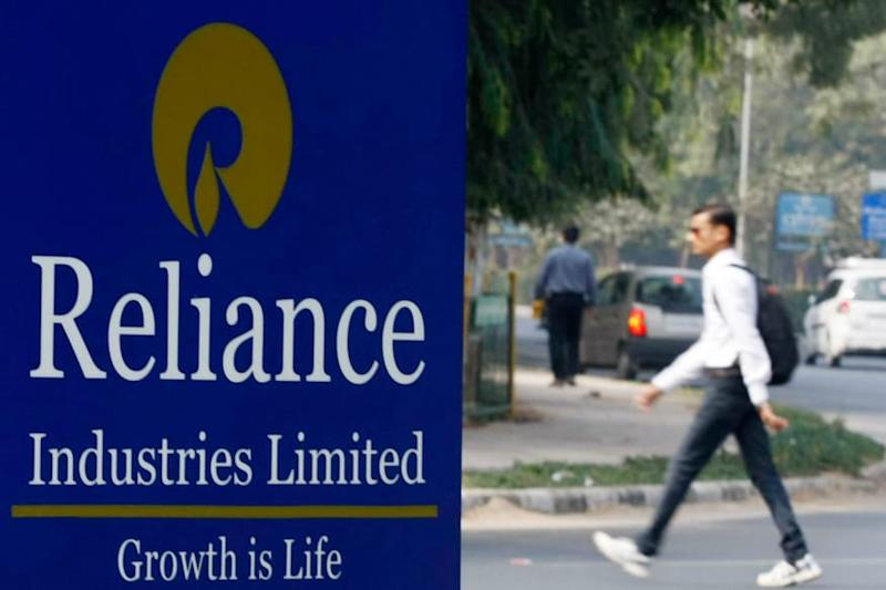 Reliance Industries Plans to Increase Network of Aviation Fuel Stations by 50%