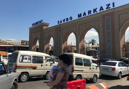 A general view shows Abu Sahiy, a wholesale market near Tashkent, Uzbekistan June 13, 2018. Picture taken June 13, 2018. REUTERS/Stringer