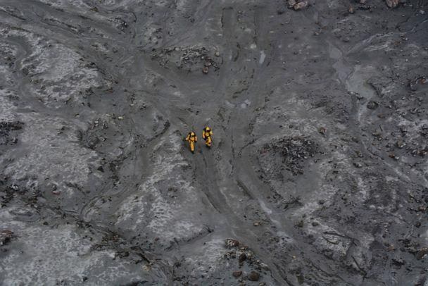 PHOTO: Soldiers work to recover bodies from White Island after a volcanic eruption in Whakatane, New Zealand, Dec. 13, 2019. (New Zealand Defense Force via AP)