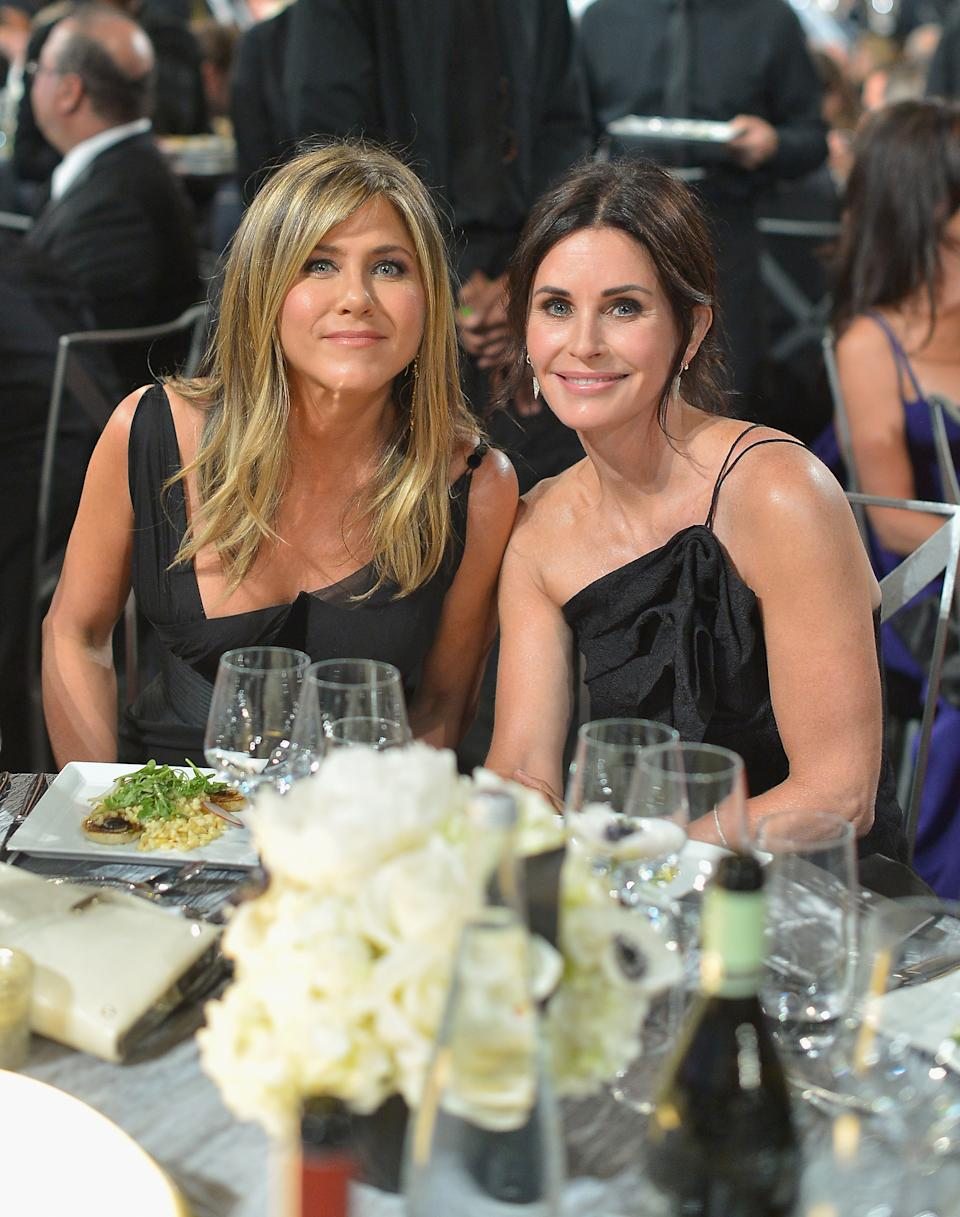 HOLLYWOOD, CA - JUNE 07: Jennifer Aniston (L) and Courtney Cox attend the American Film Institute's 46th Life Achievement Award Gala Tribute to George Clooney at Dolby Theatre  on June 7, 2018 in Hollywood, California..  (Photo by Michael Kovac/Getty Images for AFI)