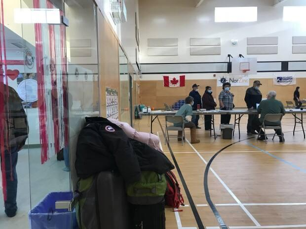 People lined up outside Nahanni Butte's community gym as soon as the clinic opened its doors.
