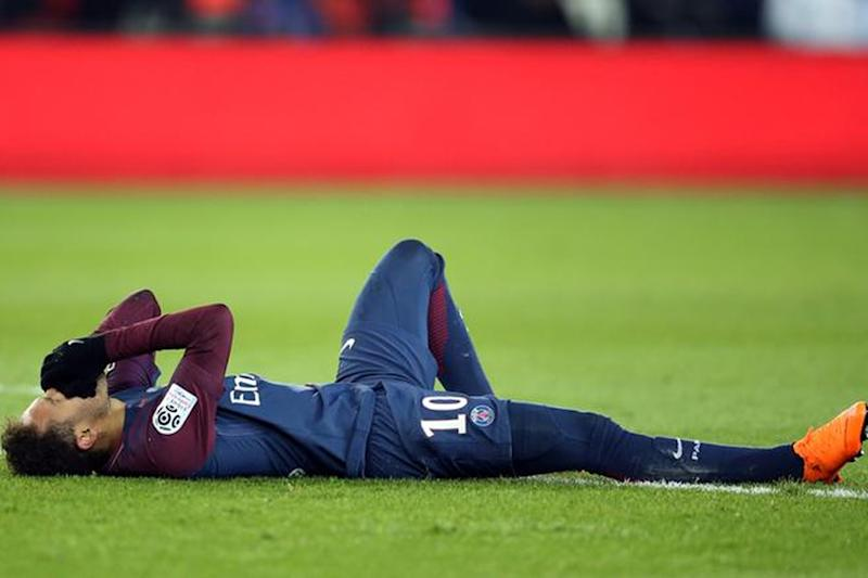 Brazilian Star Neymar Expected Back in Paris in Mid-May