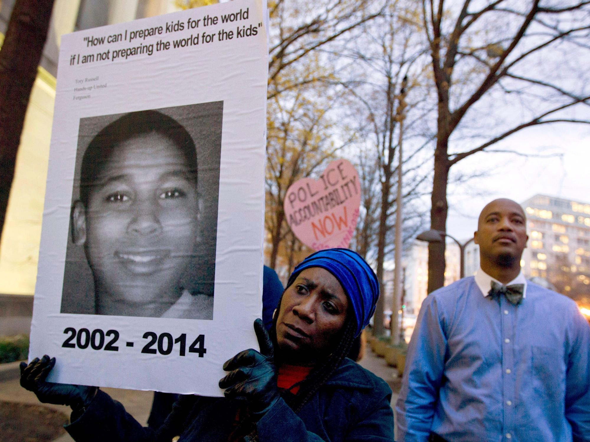 The civil-rights investigation into the killing of Tamir Rice quietly ended last year — but no one told his family the police officer would not be charged, NYT says