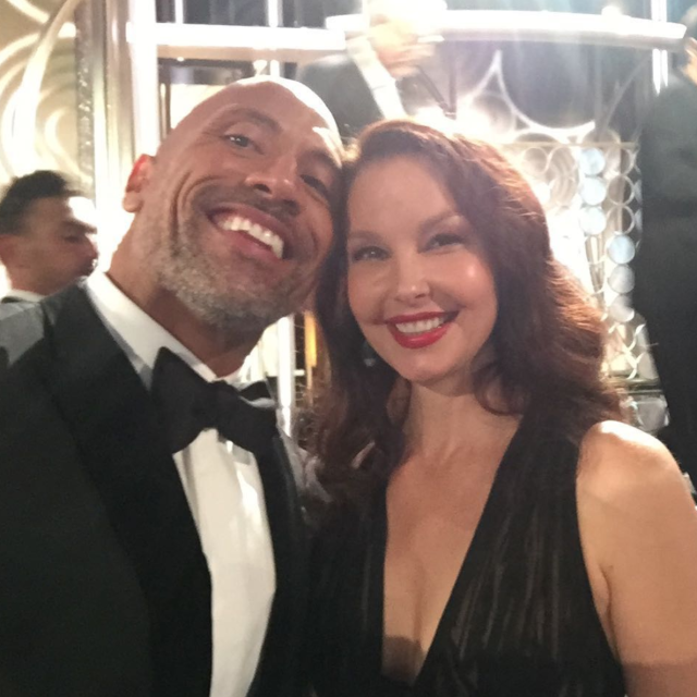 "Dwayne ""The Rock"" Johnson has earned Ashley Judd's seal of approval. (Photo: Ashley Judd via Instagram)"