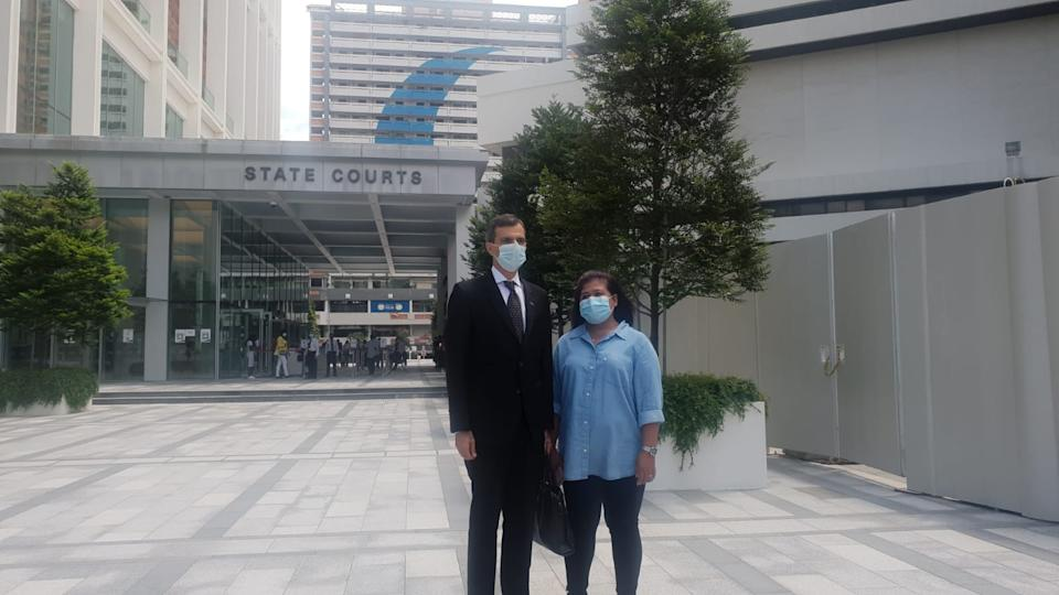 Parti Liyani (right) and her lawyer Anil Balchandani before the State Courts on 8 September 2020. (PHOTO: Yahoo News Singapore/Wan Ting Koh)