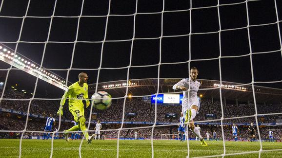 ​Deportivo La Coruña are the latest side to be comfortably beaten by Real Madrid, with goals from Gareth Bale, Casemiro and Toni Kroos providing Los Blancos with a 3-0 victory at the Estadio Riazor. A late red card for Sergio Ramos marred what could have been a perfect evening for Real Madrid, the Spaniard receiving his marching orders after he was adjudged to have used his elbow to gain an advantage in an aerial battle. An incredible stat has been released following Madrid's victory, claiming...