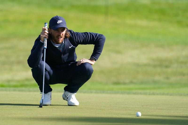 Fleetwood finds groove to storm into contention