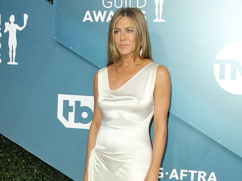 Jennifer Aniston wows in white at 2020 Screen Actors Guild Awards
