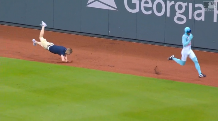 Another Braves fan failed in spectacular fashion trying to beat