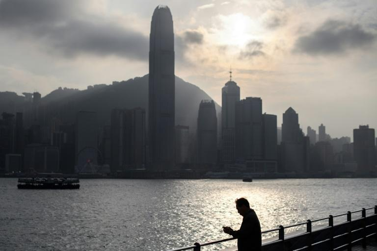 China arrests 12 fleeing Hong Kong by speedboat: city police