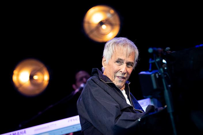 Burt Bacharach performs in 2019. (Photo: Roberto Ricciuti/Redferns)