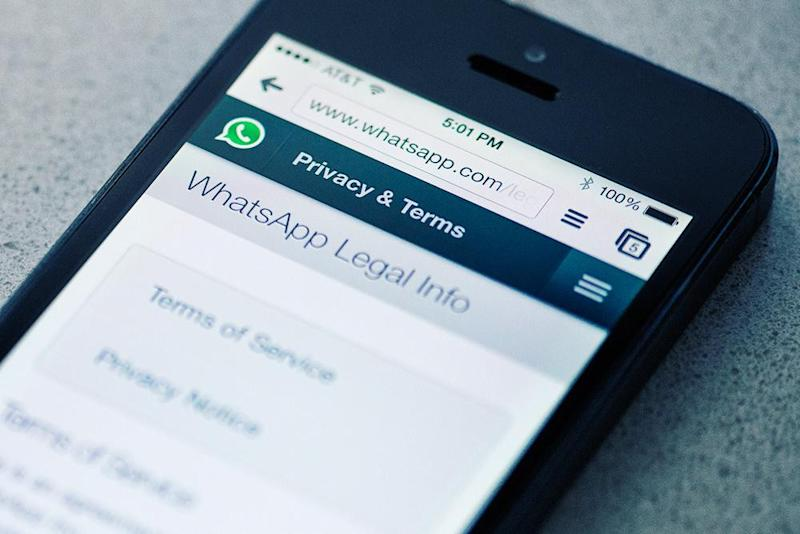 WhatsApp hack: read a message without the sender finding out