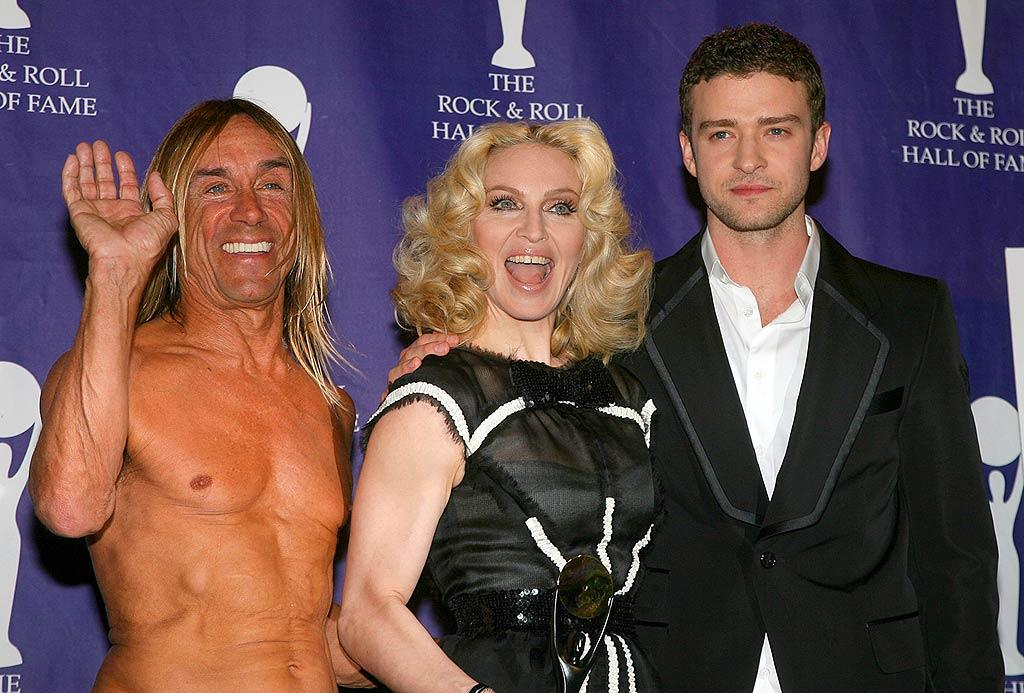 """Iggy Pop and Justin Timberlake salute Madonna at the 23rd Annual Rock and Roll Hall of Fame Induction Ceremony at NYC's Waldorf Astoria. Jim Spellman/<a href=""""http://www.wireimage.com"""" target=""""new"""">WireImage.com</a> - March 10, 2008"""