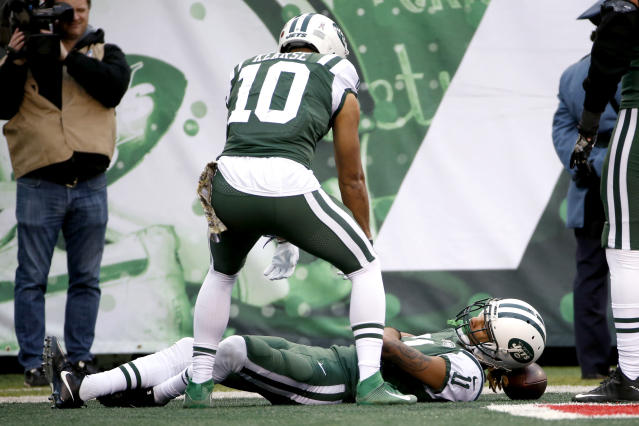 "Jets wide receiver <a class=""link rapid-noclick-resp"" href=""/nfl/players/29785/"" data-ylk=""slk:Robby Anderson"">Robby Anderson</a>, celebrating another TD, wants to be in the Pro Bowl. Apparently expressing that during a game violates the sanctity of football. (AP)"