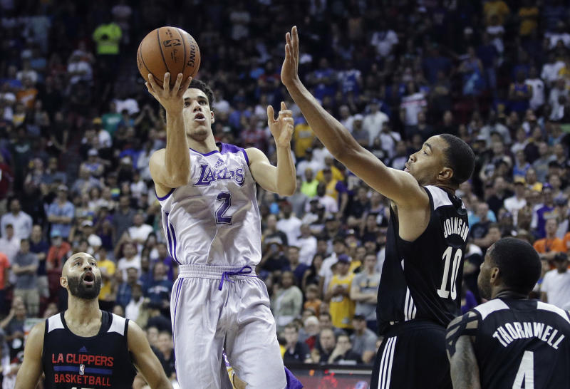 Lonzo Ball Scores 36, Lakers Beat Sixers