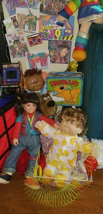 Eva Welch, a Milwaukee resident, made a Christmas tree out of toys from the '80s. Pictured are Punky Brewster and a Cabbage Patch dolls. (Photo by Eva Welch)