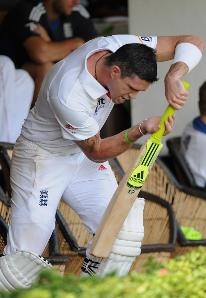 MUMBAI, INDIA - OCTOBER 31:  Kevin Pietersen of England prepares to bat outside the dressing room during the second day of the first tour match between India A and England at the CCI (Cricket Club of India) Ground on October 31, 2012 in Mumbai, India.  (Photo by Pal Pillai/Getty Images)