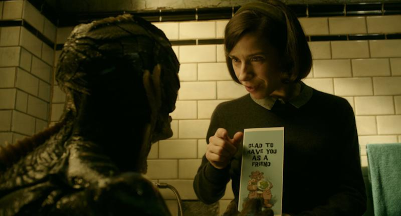 Elisa teaches Amphibian Man sign language. (Fox Searchlight/Twentieth Century Fox)