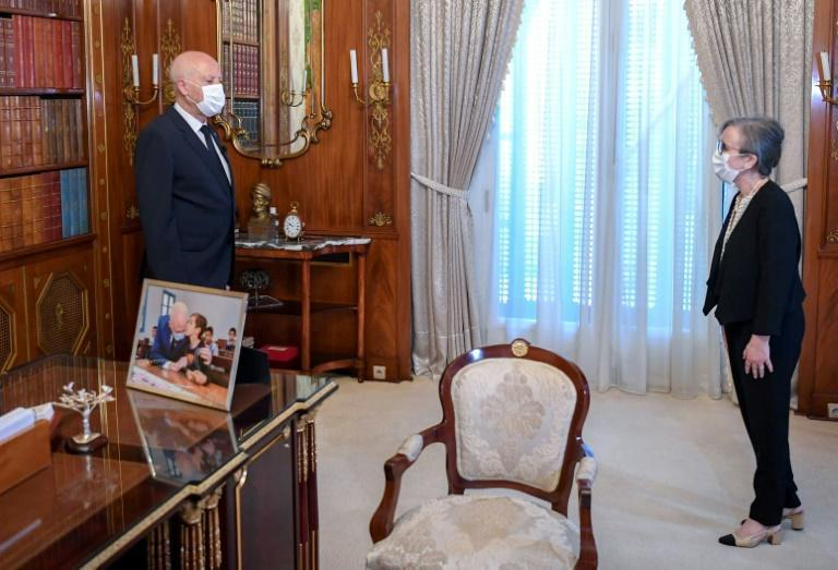 Tunisia's newly named prime minister-designate Najla Bouden, a political unknown with a background in geology, meets with President Kais Saied (AFP/-)