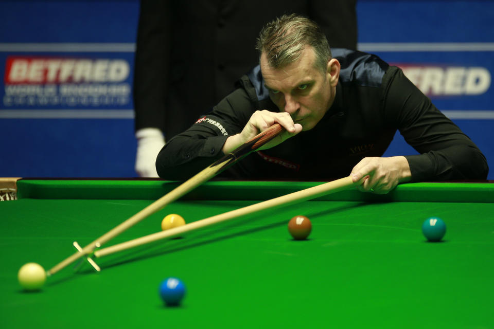 Davis, 48, believes his fragile mental fortitude has held his baize career back