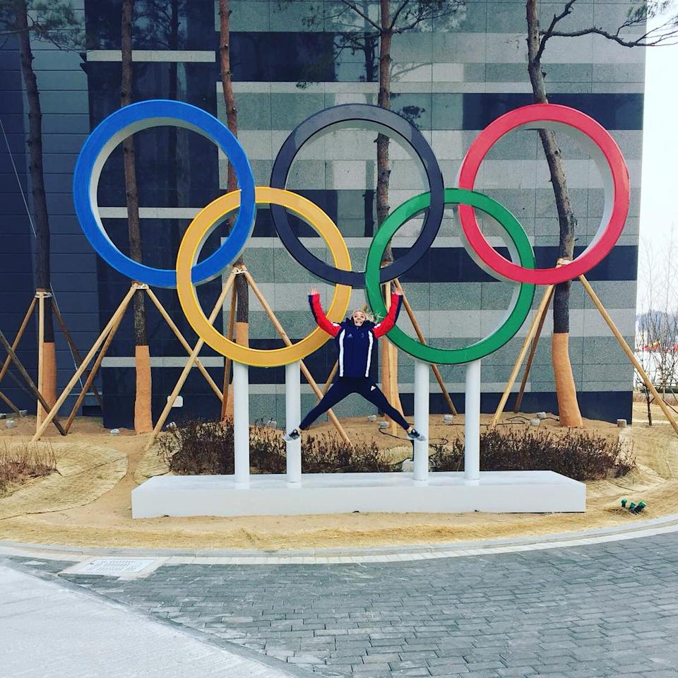 <p>Anna Sloan Scotland, curling<br>anna_sloan: Anna & co are settling in at the Olympics & exploring the village before they get going with competition on Wednesday!<br> Follow @team_muirhead<br> @teamgb<br> @scottish_curling<br> for more updates!<br> (Photo via Instagram/anna_sloan) </p>