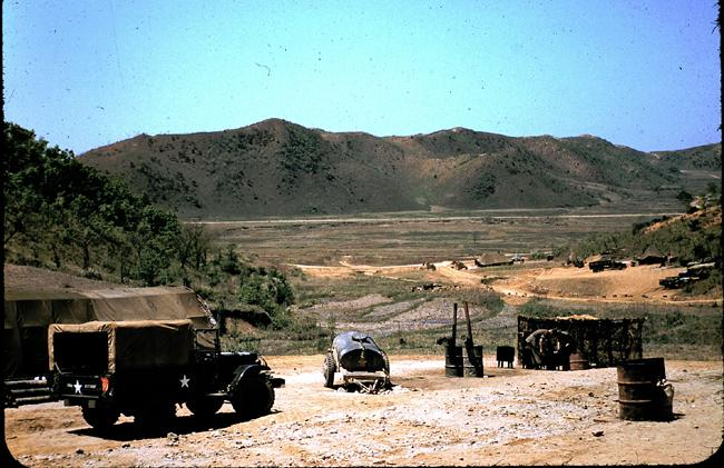 "<p class=""MsoNormal"" style=""""><span>Vehicles and equipment used by the 1<sup>st</sup> Battalion, Princess Patricia's Canadian Light Infantry.</span> Photo courtesy of <a target=""_blank"" href=""http://www.thememoryproject.com/stories/Korea/"">Ron Carruth</a> and <a target=""_blank"" href=""http://www.thememoryproject.com"">Historica-Dominion Institute</a>.</p>"