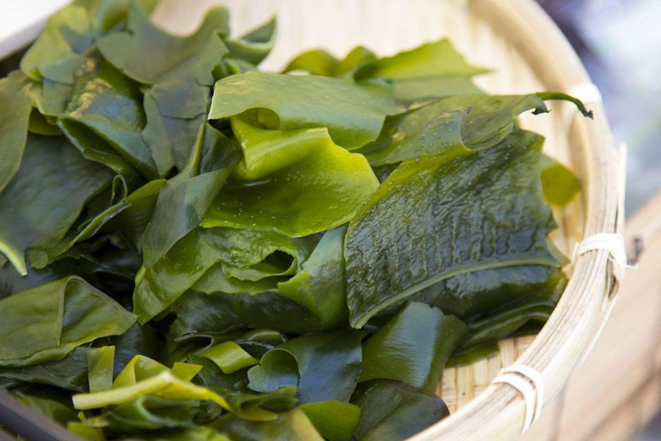 <p>The green stuff in your miso soup is swimming in nutrients such as hesperetin and fucoxanthin (don't worry, we won't quiz you later). Rodent studies at the Korea Food Research Institute found it improved running distance by 15%, as well as boosting muscle function.</p>