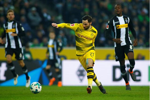 Soccer Football - Bundesliga - Borussia Moenchengladbach vs Borussia Dortmund - Borussia-Park, Moenchengladbach, Germany - February 18, 2018 Borussia Dortmund's Gonzalo Castro in action REUTERS/Thilo Schmuelgen DFL RULES TO LIMIT THE ONLINE USAGE DURING MATCH TIME TO 15 PICTURES PER GAME. IMAGE SEQUENCES TO SIMULATE VIDEO IS NOT ALLOWED AT ANY TIME. FOR FURTHER QUERIES PLEASE CONTACT DFL DIRECTLY AT + 49 69 650050