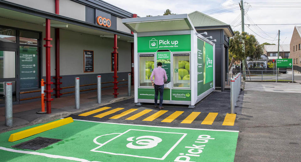 Woolworths has launched new Pick up lockboxes at four stores. Source: Woolworths