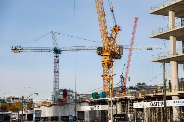 For more than five years, Toronto has had the most construction cranes in operation in North America, according to Rider Levett Bucknall. In the first quarter of this year, RLB says, 208 cranes have been in use in Toronto, with 19 involved in commercial construction.