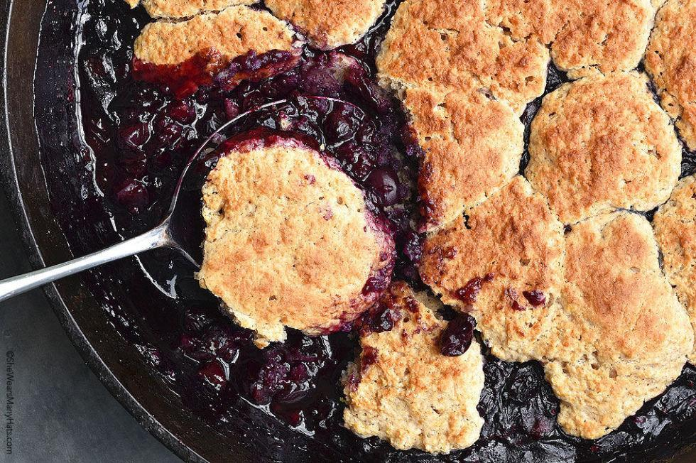 <p>It's cobbler season!</p>