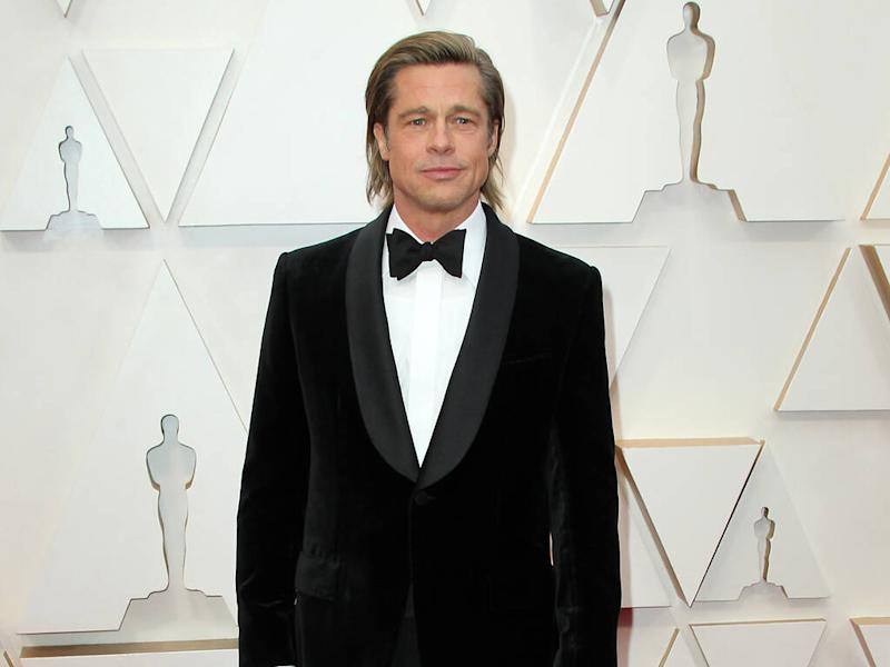 Brad Pitt denies hiring writers to pen his awards show speeches