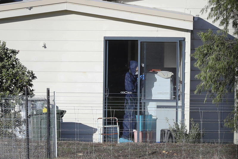 Police forensics investigate the death of seven people in a suspected murder-suicide in Osmington, east of Margaret River. Source: Richard Wainwright/AAP Image via AP