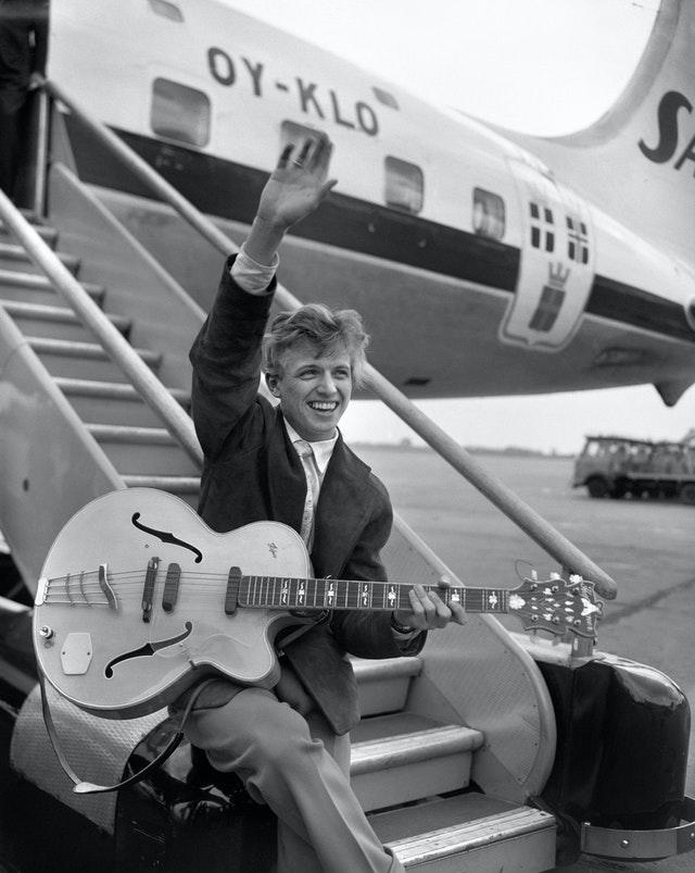 Music – Tommy Steele – London Airport