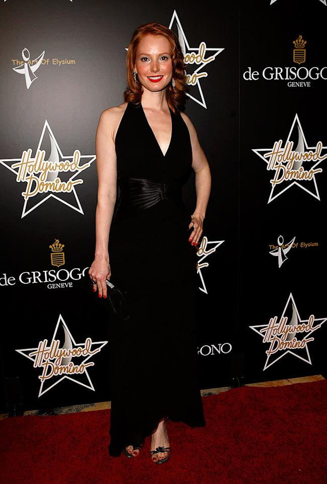 """Actress/classically trained pianist Alicia Witt brightens up the red carpet with her smile and red locks. Jean Baptiste Lacroix/<a href=""""http://www.wireimage.com"""" target=""""new"""">WireImage.com</a> - February 21, 2008"""