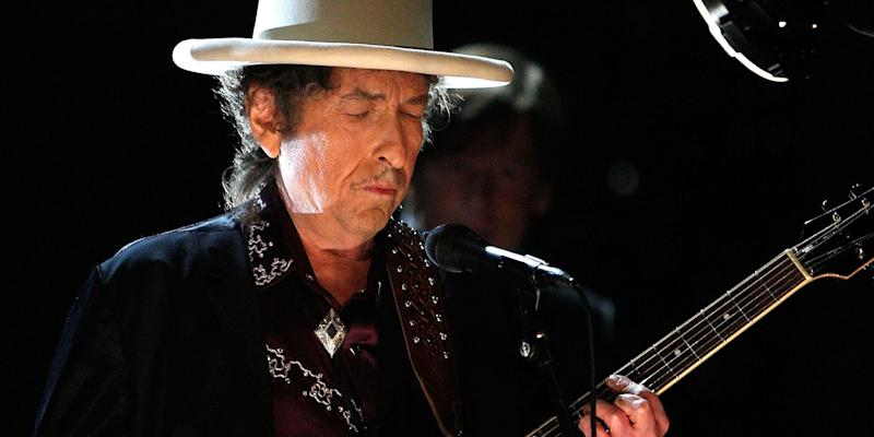 Bob Dylan Becomes First Artist to Have a Top 40 Album in Every Decade Since the 1960s