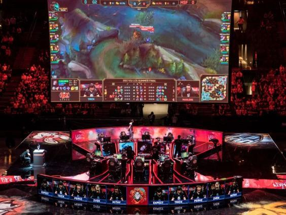 G2 Esports compete against Misfits Gaming in final of the 'LCS', the first European division of League of Legends, at the AccorHotels Arena in Paris on 3 September, 2017 (AFP via Getty Images)