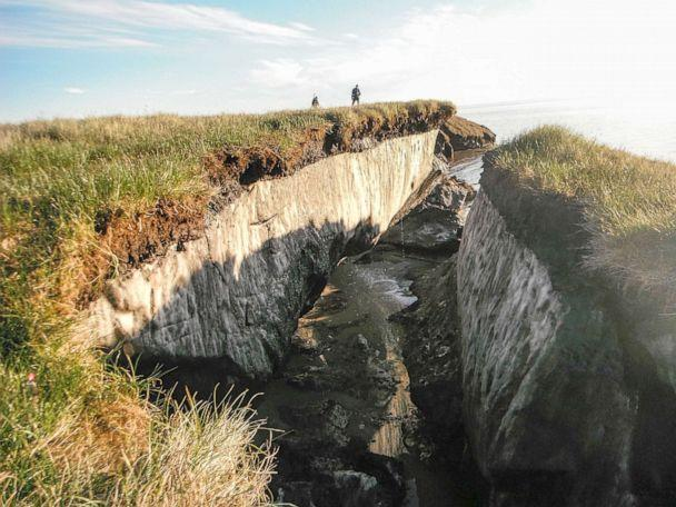 PHOTO: Ice-rich permafrost has been exposed due to coastal erosion a the National Petroleum Reserve in Alaska in 2014. (Smith Collection/Gado/Getty Images, FILE)