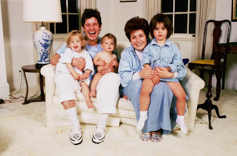 Rock singer Ozzy Osbourne at home with his family, early 1990's. From left to right, Kelly Osbourne, Ozzy Osbourne, Jack Osbourne, Sharon Osbourne and Amme Osbourne. (Photo by Dave Hogan/Getty Images)