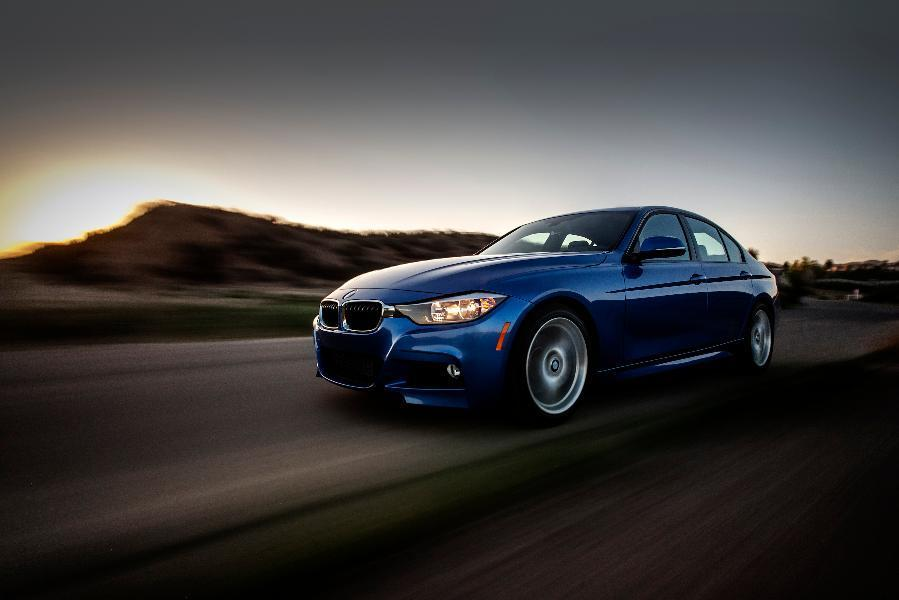 Affordable Luxury Cars >> 12 Most Affordable Luxury Cars